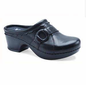 Dansko Hattie Black Leather Heeled Clogs Slip On